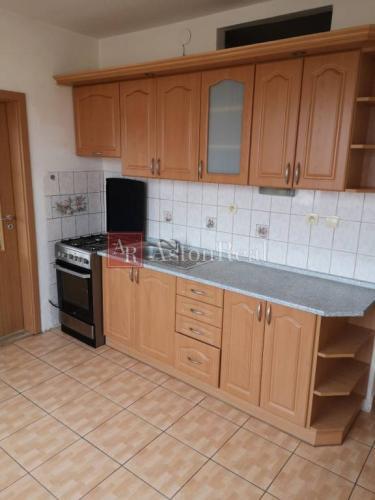 Reality 2 izbový byt,  60 m2, loggia, Vrakuňa - Hradská ul.