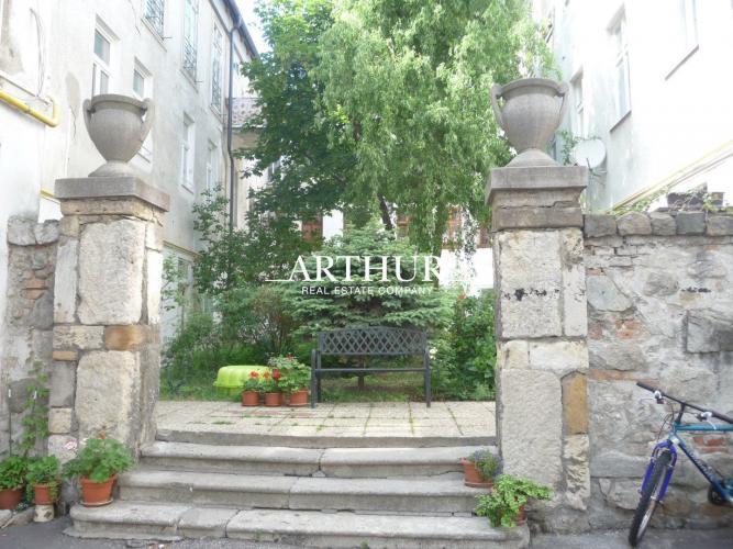 Reality ARTHUR - 3 izbový moderný byt vcentre Starého mesta na Obchodnej