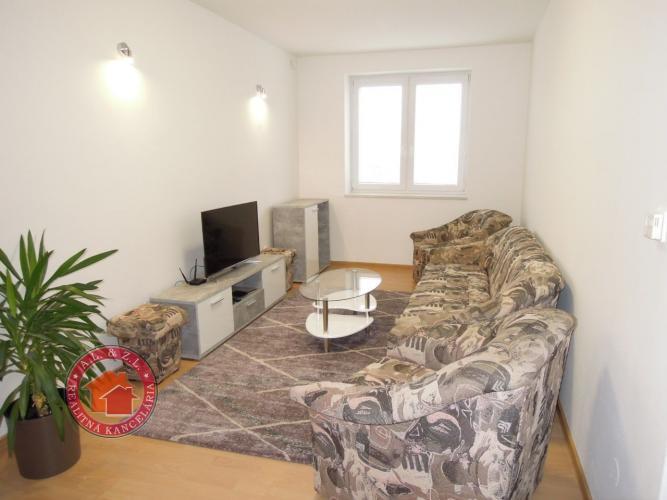 Reality Veľký 2 + 1 izbový BYT V SENCI v širšom centre, Pribinova ul.
