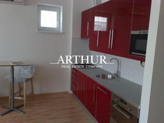 Reality ARTHUR - 1 izbový byt ul. Heydukova, Staré Mesto