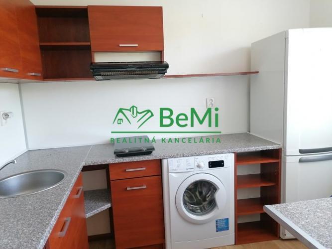 Reality Na predaj 1-izbový byt Banská Bystrica - Fončorda (ID-394-111-ZUS)
