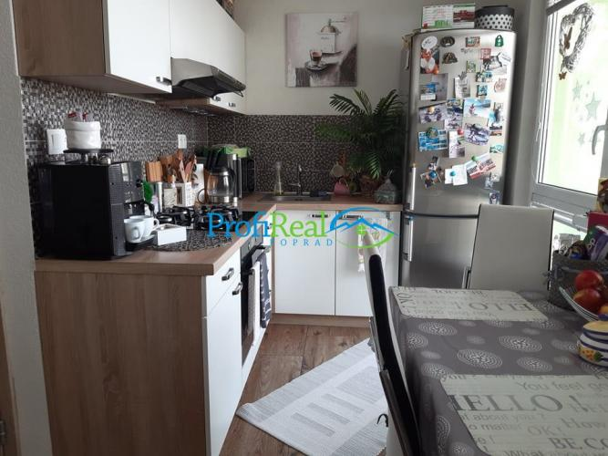 Reality Na predaj pekný, slnečný 3-izbový byt s balkónom v Poprade, Juh III