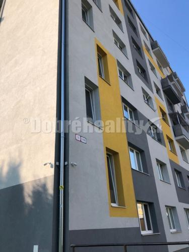 Reality Na predaj priestranny 1 izb. byt v novej bytovke  v prevedení novostavba