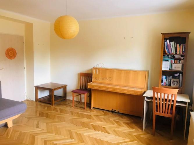 Reality Bývanie vo veľkorysom 2 - izbovom byte na Kolibe