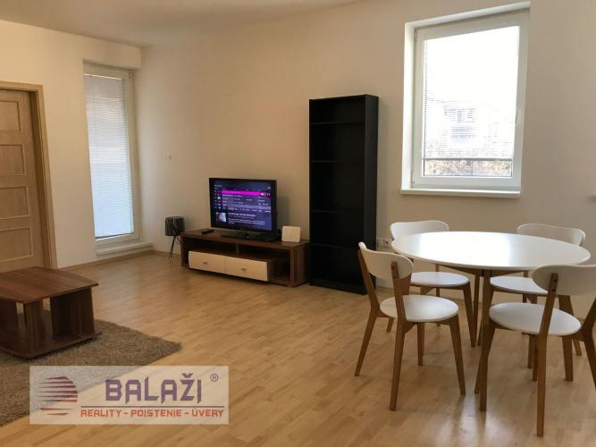 Reality MARTIN FOR RENT furnished 2 bedroom flat 51m2 with balcony, city centre