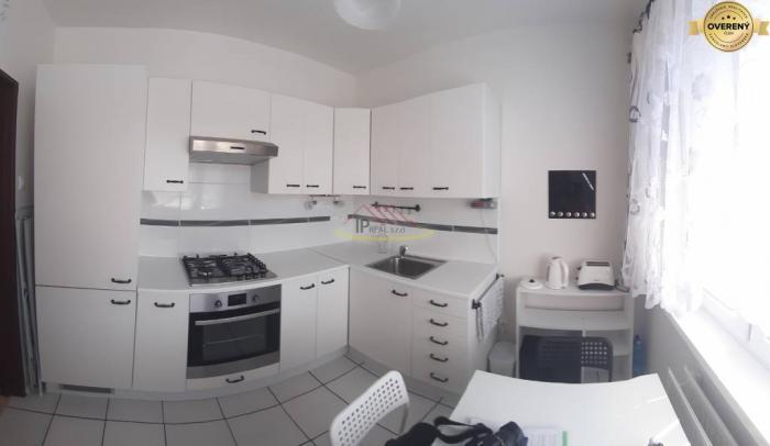 Reality Predaj krásneho 1i bytu na ul. P.Horova aj so zariadením