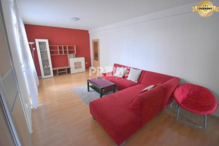 Reality Kompletná cena, Pekný 2,5i byt, 2 x loggia, Nejedlého ulica, Dúbravka