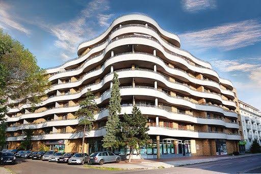 Reality NOVINKA!  Prenájom veľmi pekného 2 izb. bytu 67 m2 s terasou a balkónom v bytovom dome GAUDÍ na