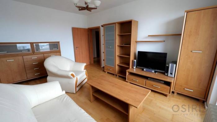 Reality TOP: Zrekonštruovaný, zariadený 2i byt, veľká loggia, Segnerova BA IV