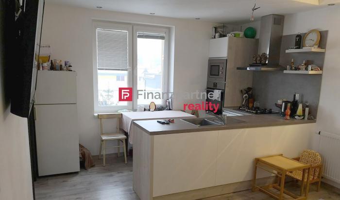 Reality Exkluzívne na prenájom 3-izbový byt v Humennom (F075-213-ĽUO)