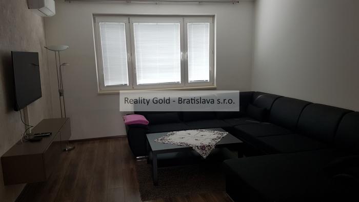 Reality prenájom 3 izbový JÁNA SMREKA - Devínska Nová Ves !! po KOMPLETNEJ REKONŠTRUKCII - vrátane EN