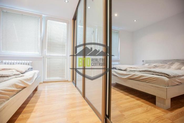 Reality 5 IZBÁČIK ! / 79,5 m2 / Kompletná Rekonštrukcia / SUPER LOKALITA / Balkón, Francúzsky Balkón,