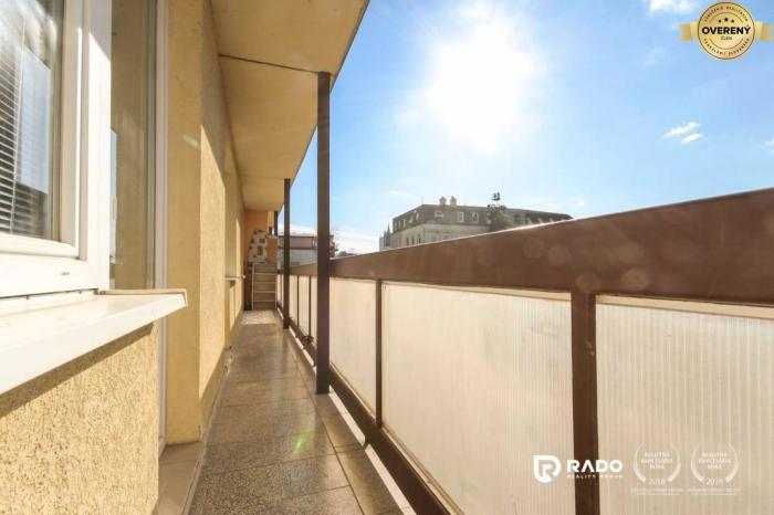 Reality IBA U NÁS!!! 3izbový byt, 75m2 + 11m2 balkón, v centre Trenčína
