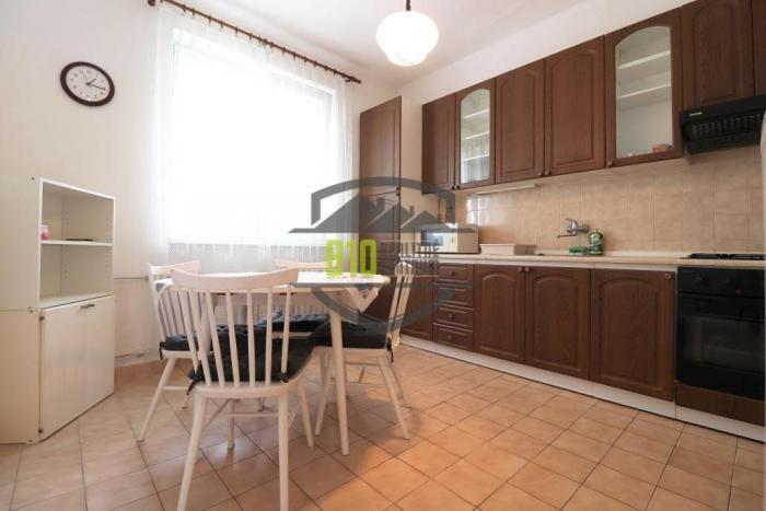 Reality Výborne situovaný 2 izb. byt - 60 m2 + balkón - Sihoť, Nábrežná