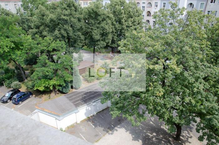 Reality Veľký 1-izbový byt Vajnorská ulica, 62m2 v blízkosti OC CENTRÁL