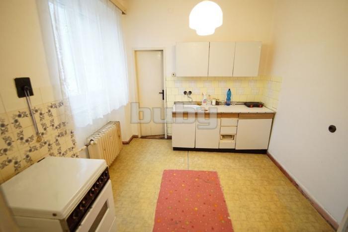 Reality Veľkometrážny 3 izbový tehlový byt (96 m2) v širšom centre Martina na predaj