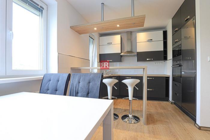 Reality HERRYS - Na prenájom luxusný priestranný 3 izbový byt