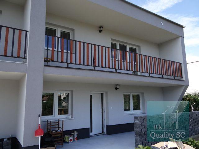 Reality SENEC – NA PRENÁJOM – 3 - izbový byt v rodinnom dome po kompletnej rekonštrukcii s terasou .