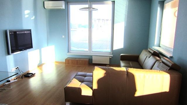Reality Prenájom 4 izb. bytu s veľkou terasou, Bratislava - Koliba