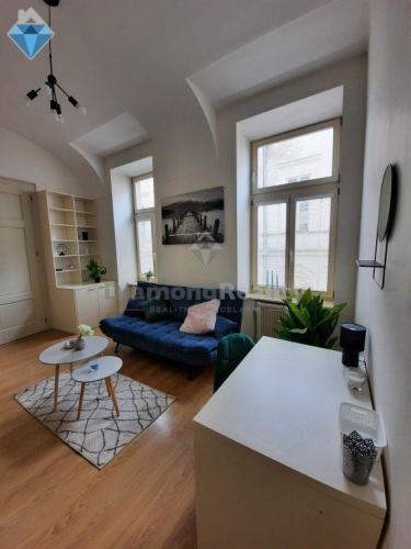 Reality Na prenájom 2 izbový byt v centre mesta, Hlavná ul., Košice Staré Mesto