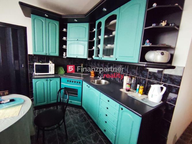 Reality Priestranný 3 izbový byt s balkónom - Vráble