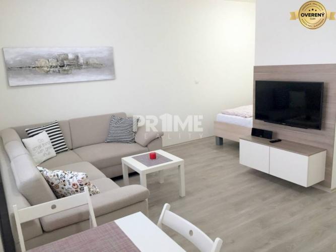Reality Pekný 1,5i byt, novostavba, balkón, garáž,Lužná ul.,začiatok Petržalky