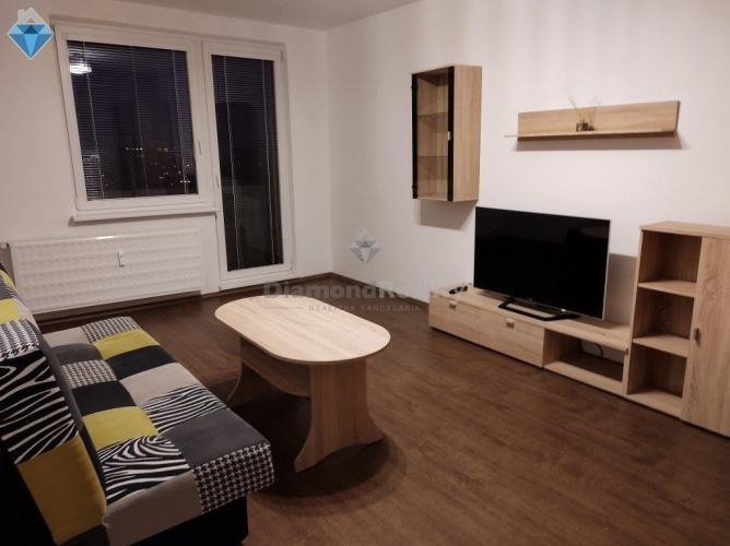 Reality Na prenájom veľkometrážny 2 izbový byt Nitra spodok Klokočiny