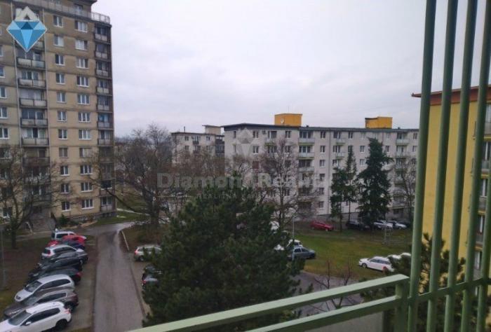 Reality Na predaj 2 izbový byt Nitra centrum