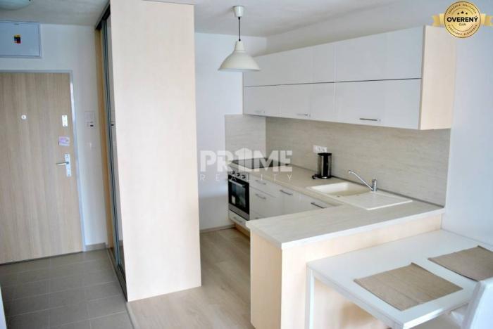 Reality Pekný 2i byt, novostavba, balkón, parking, Muchovo námestie, Petržalka