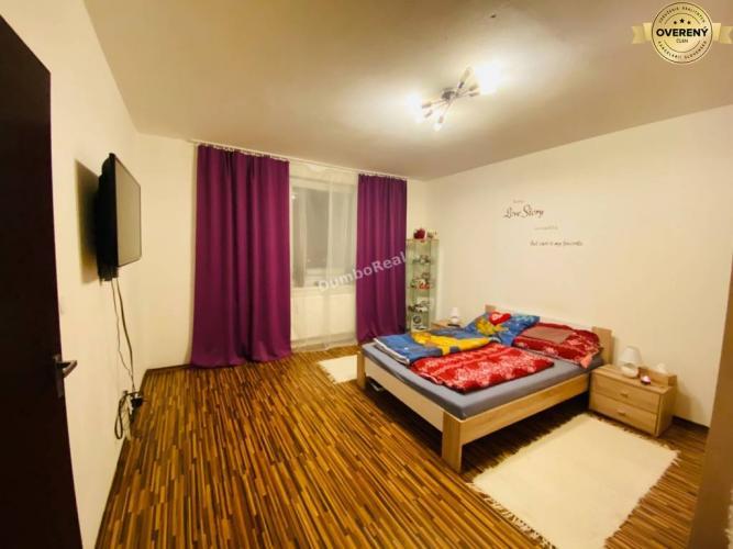Reality 1 izbový byt, po rekonštrukcii, Strečnianska ul., Bratislava