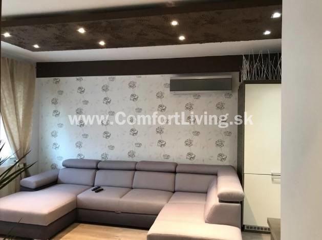 Reality COMFORT LIVING ponúka - Kompletne zrekonštruovaný 2 izbový byt v NOVOSTAVBE - zariadenie v cene