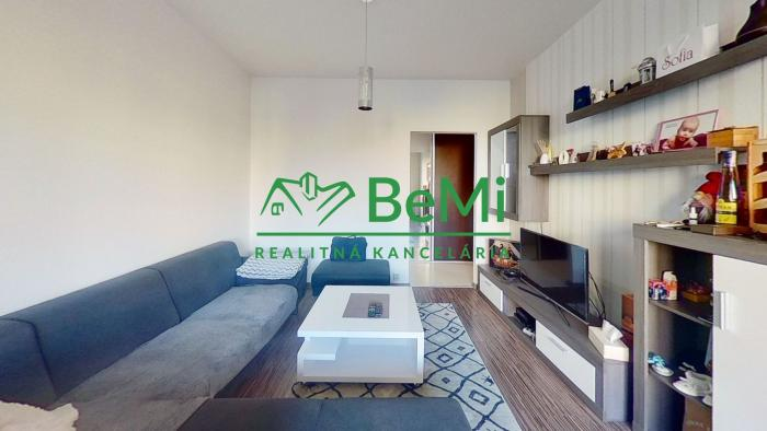 Reality REZERVOVANE  3 - izbový byt 74 m2 + loggia  023-113-LUC