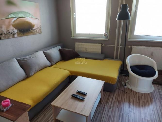 Reality PREROBENÝ, BEZBARIÉROVÝ, VEĽKOMETRÁŽNY 1i byt ul. Na Hôrke v Nitre s výmerou 49 m2. CENA: 85