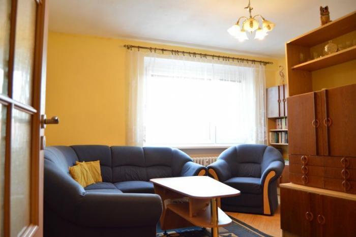 Reality 2 izbový byt, v mestskej časti Sídlisko, BB, o rozlohe 63,2m2. CENA: 126 000,00 EUR