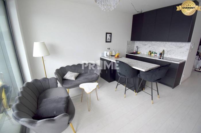 Reality Kompletná cena, Úplne nový 2i byt, BEZ SKRYTYCH POPLATKOV, EINPARK