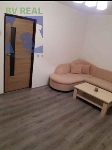 Reality BV REAL Na prenájom 2 izbový byt Prievidza sídlisko Mládeže FM1006