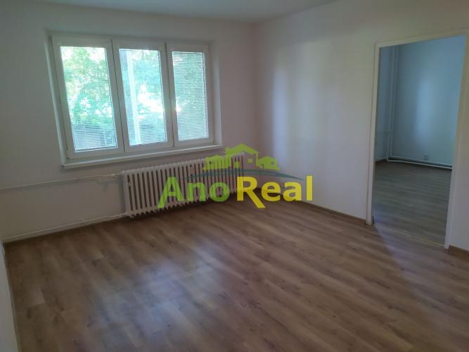 Reality Na predaj bezbariérový 2 izbový byt, 50 m2, Žilina - Hliny VII