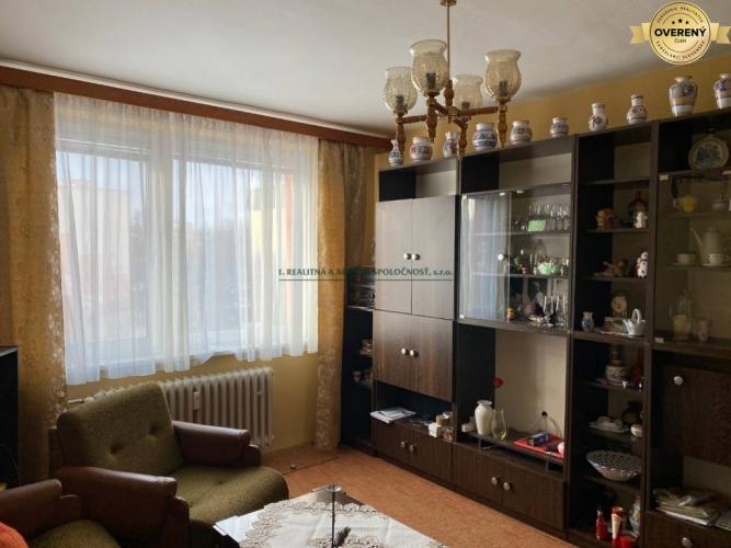 Reality Vyhľadávaná lokalita - predaj 3-izb. bytu s 2 šatníkmi na ul. Súmračná