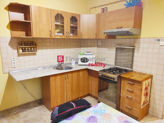 Reality Priestranný 2 izbový byt s balkónom - Šaľa