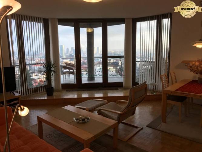 Reality Moderný 3. izb. byt na Kalvárii s výhľadom na mesto