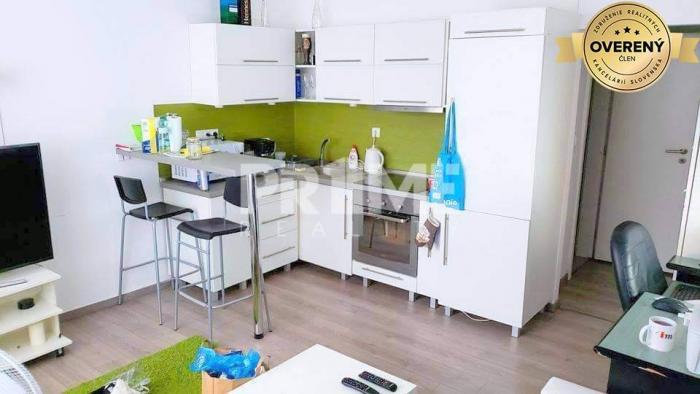 Reality Kompletná cena, BEZ SKRYTEJ PROVÍZIE, Pekný 2i byt, Záhradnícka ulica