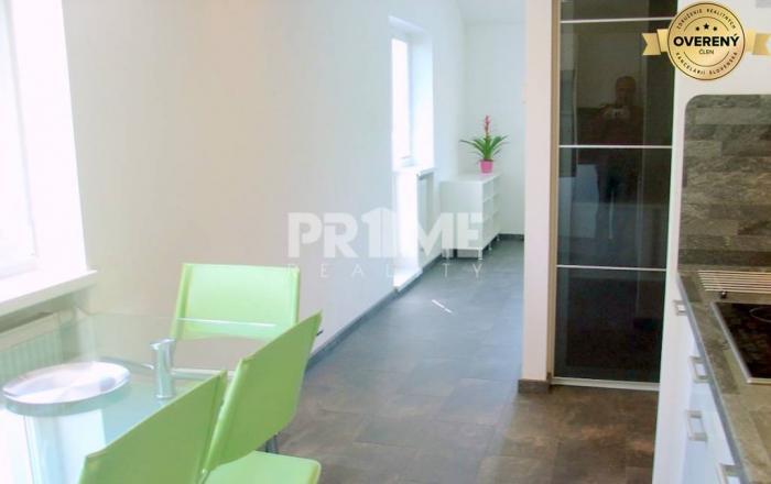 Reality Pekný 2i byt, rekonštrukcia, balkón, parking, Gaštanová ulica,St.Mesto