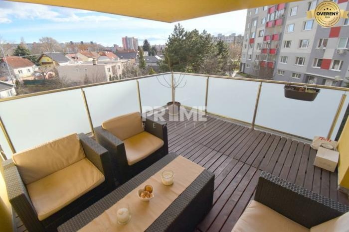 Reality KOMPL.CENA, Moderný 2i byt, novostavba, TERASA, PARKING, Kríková ulica