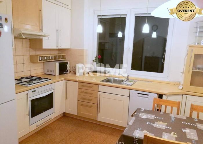 Reality Pekný 3i byt, 3 x nepriechodná izba, loggia, Klincová ulica, Ružinov