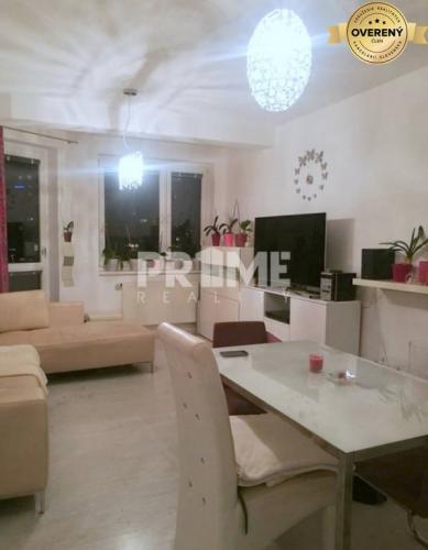 Reality Pekný 2i byt, novostavba, balkón, Bosákova ulica, začiatok Petržalky