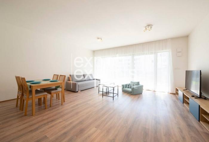 Reality Priestranný 2i byt, 92 m2, zariadený, loggia, parkovanie