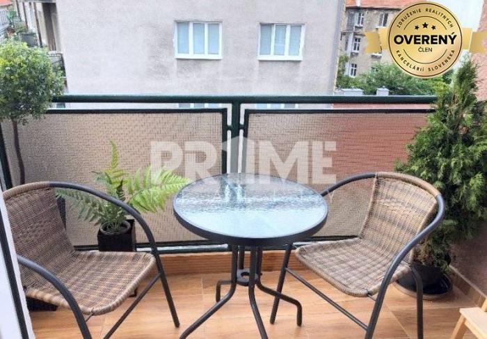 Reality Krásny 1i byt, balkón,rekonštrukcia,centrum,Dobrovičová ulica,St.Mesto