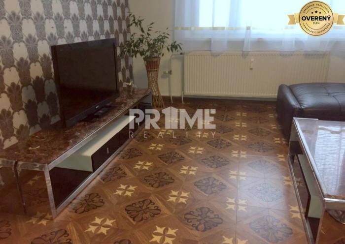 Reality Pekný 2 byt, rekonštrukcia, 2 x nepriechodná izba, Hrobákova ulica