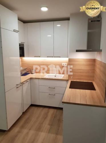 Reality Pekný 2i byt, novostavba, klíma, balkón, Urban Residence