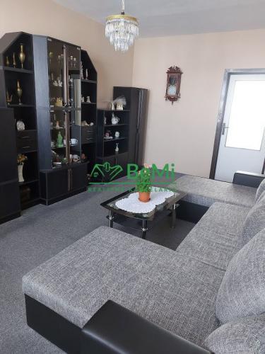 Reality Predaj veľký 3 izbový byt na Klokočine s balkónom (011-113-ERFa)